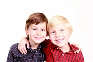 brothers-1022994_960_720