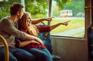 trolley-bus-1043230_960_720