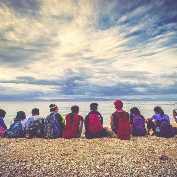 Los signos zodiacales más abiertos a la amistad