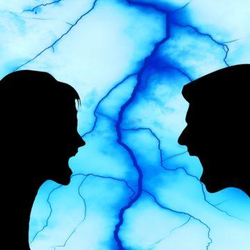 Los signos que buscan relaciones conflictivas